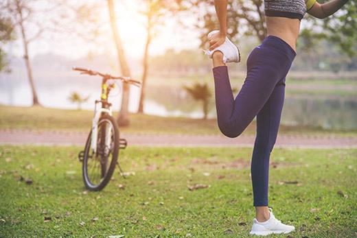 Zacvičte si venku s vlastní vahou